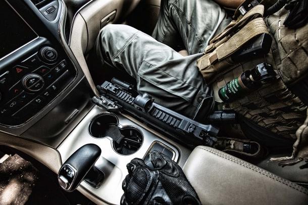 Gli scarsi ingombri della PMX la rendono comoda da portare pronta all'uso sui veicoli di servizio