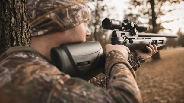 The Umarex Gauntlet is a popular PCP air rifle conceived for small-game hunting and sport shooting