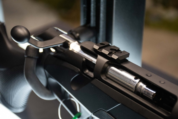 Benelli Lupo: the innovative design bolt-action hunting rifle