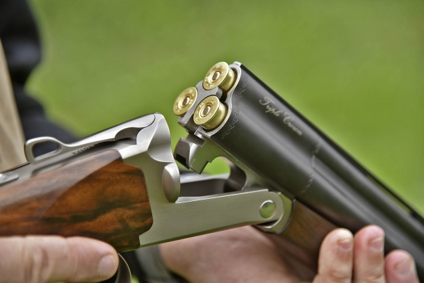 Il calibro 28 rende il fucile più maneggevole e piacevole da imbracciare rispetto alla versione in calibro 12