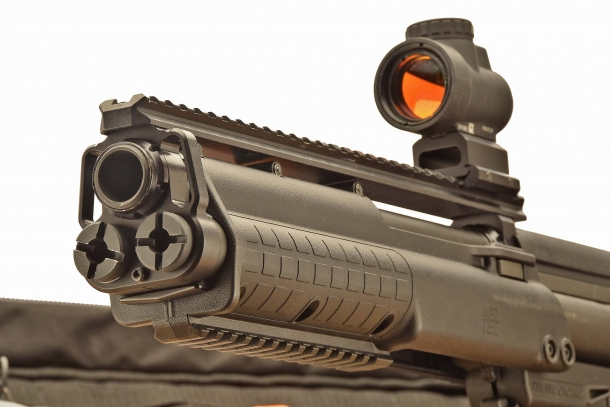 The KSG comes with a full-length top Picatinny rail and with a shorter rail under the handguard