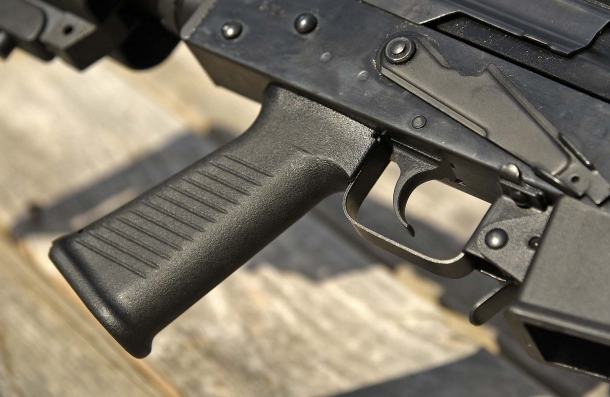 The pistol grip of the AK-12s Tactical shotgun is hollow, sports a sliding cap and can host small utility tools