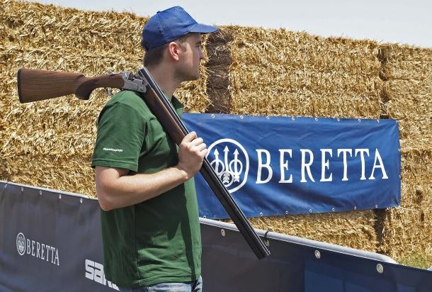 Il fucile sovrapposto Beretta 690 Field I è fatto esattamente per questo: il tiro all'aria aperta