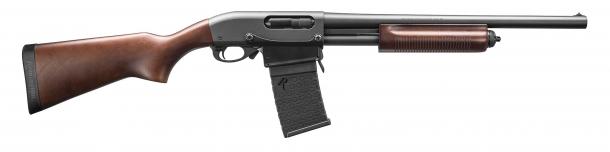 The Remington 870 DM, wood stock version