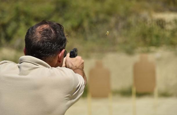 Nella maggior parte dei campi di tiro, soprattutto quelli privati, le sagome IDPA sono generalmente impiegate per il  tiro da difesa personale