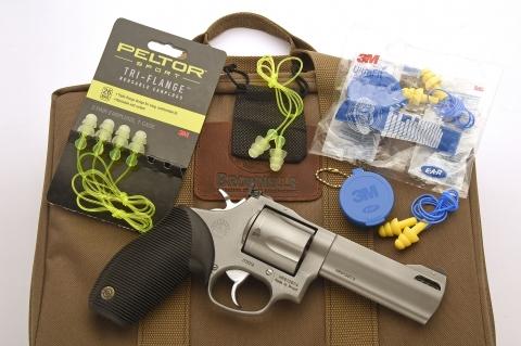 Tappi Peltor Sport e 3M E.A.R. Ultra Fit: protezione tascabile, da Brownells