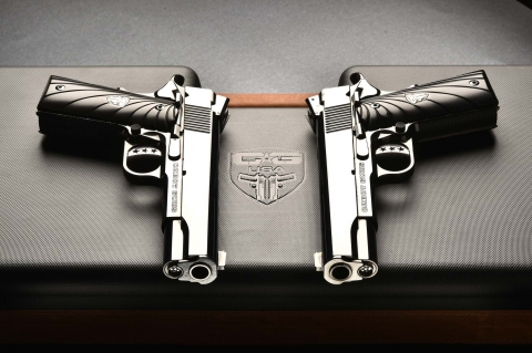VIDEO: Cabot Guns Mirror Image Pistols
