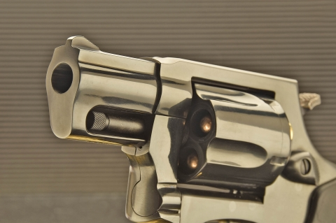 """Taurus Mod.85 """"Defender"""": a classic for personal defense"""