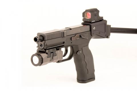 """B&T USW: l'arma d'ordinanza """"universale"""""""