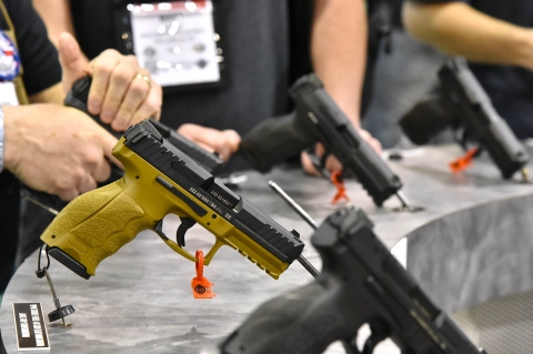 Heckler & Koch launches the new VP9 and VP40 Tactical, FDE and Grey pistol variants!