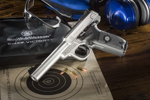 The Smith & Wesson SW22 Victory is a new Target Pistol with a modular design for multiple sport shooting applications