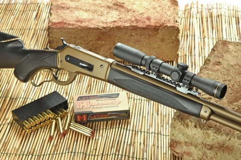 """Pedersoli Boarbuster Mark II: il """"leva"""" da caccia italiano e moderno"""