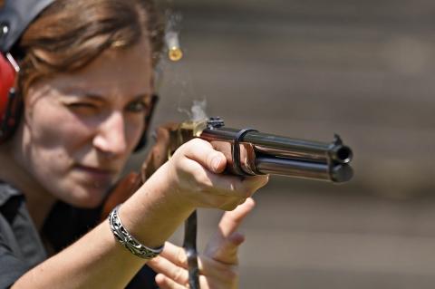 """Uberti Winchester 1866 """"Yellowboy"""": i 150 anni di un fucile leggendario"""