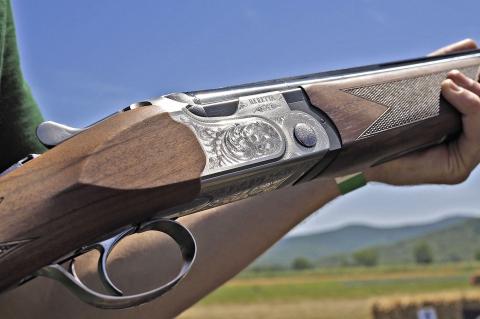 Beretta 690 Field I Over&Under shotgun