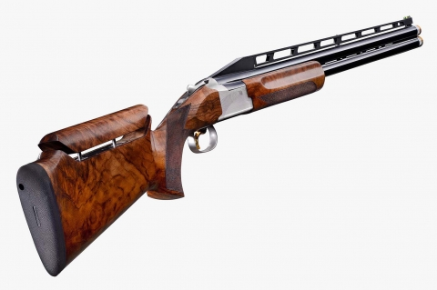 The B725 Pro Trap Adjustable (here with an High Rib) is the last born in the family of Browning competition shotguns