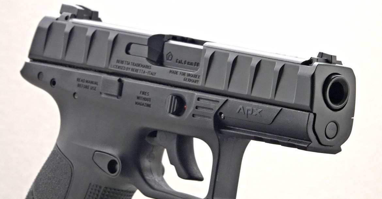 Umarex Beretta APX airsoft pistol