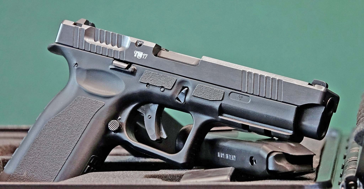 Czech Small Arms Vz.15 pistol