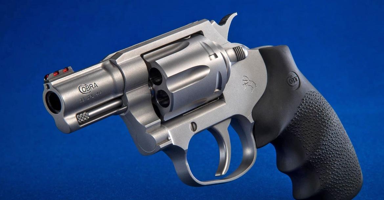 Colt Cobra: il cavallino ritorna ai revolver