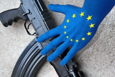 The EU Gun Ban is approved without amendments