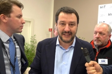 Matteo Salvini a HIT Show 2018: le armi legali non sono un problema