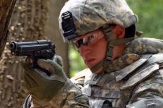 Beretta difende l'affidabilità della M9