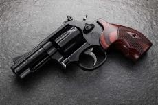 Smith & Wesson Model 19 Performance Center Carry Comp: il revolver affinato per la difesa personale!