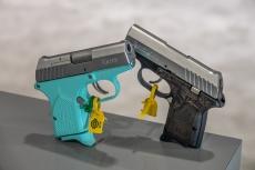 Pistola Remington RM380 Micro Light Blue